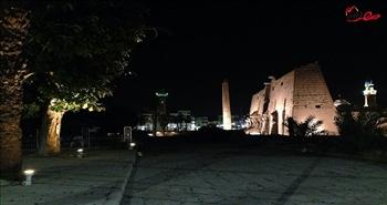معبد الأقصر ليلًأ