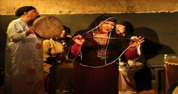 «مزاهر» فرقة «زار» تطرد الأرواح الشريرة بـ«الرقص»